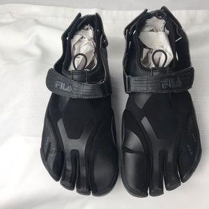 FILA Men Skele-Toes EZ Slide Shoes